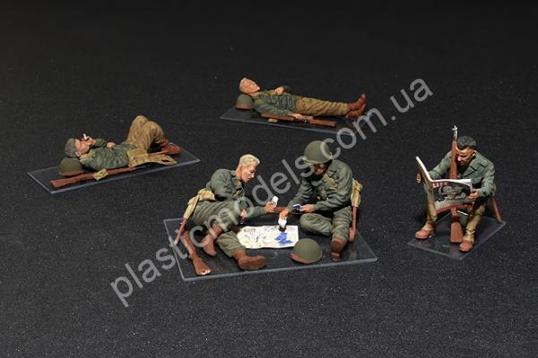 1/35 MiniArt 35200 U.S. Soldiers at rest