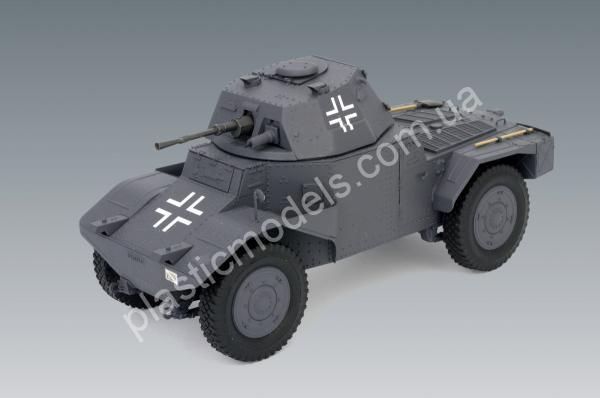 1/35 ICM 35374 Panzerspähwagen P 204 (f), WWII German Armoured Vehicle