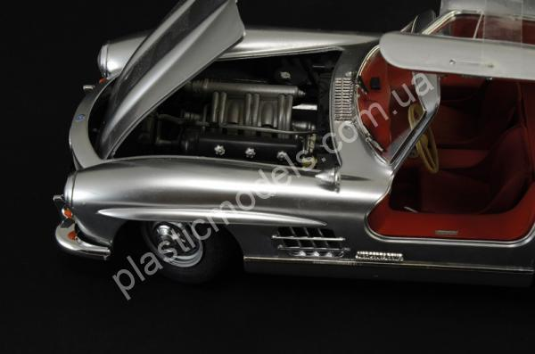 1/16 Italeri 3612 Mercedes-Benz 300SL Gullwing