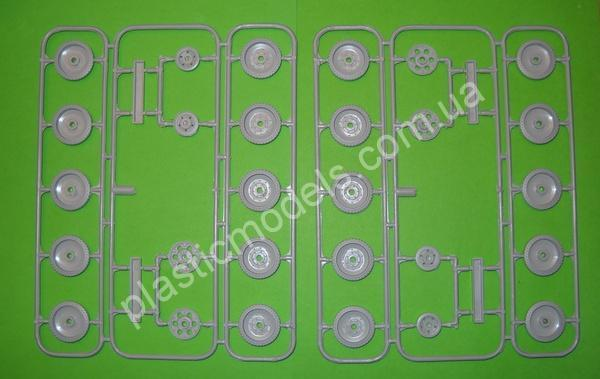 1/35 MAQUTTE 35028 Wheels set early version